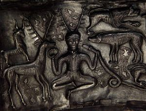 316px-detail_of_antlered_figure_on_the_gundestrup_cauldron